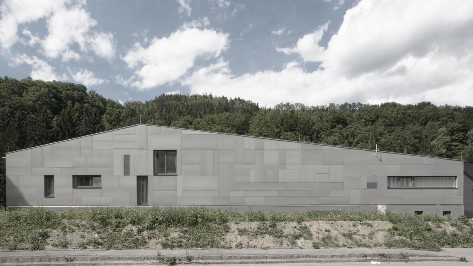 MEHRZWECKGEBÄUDE VOESTALPINE_Fassade