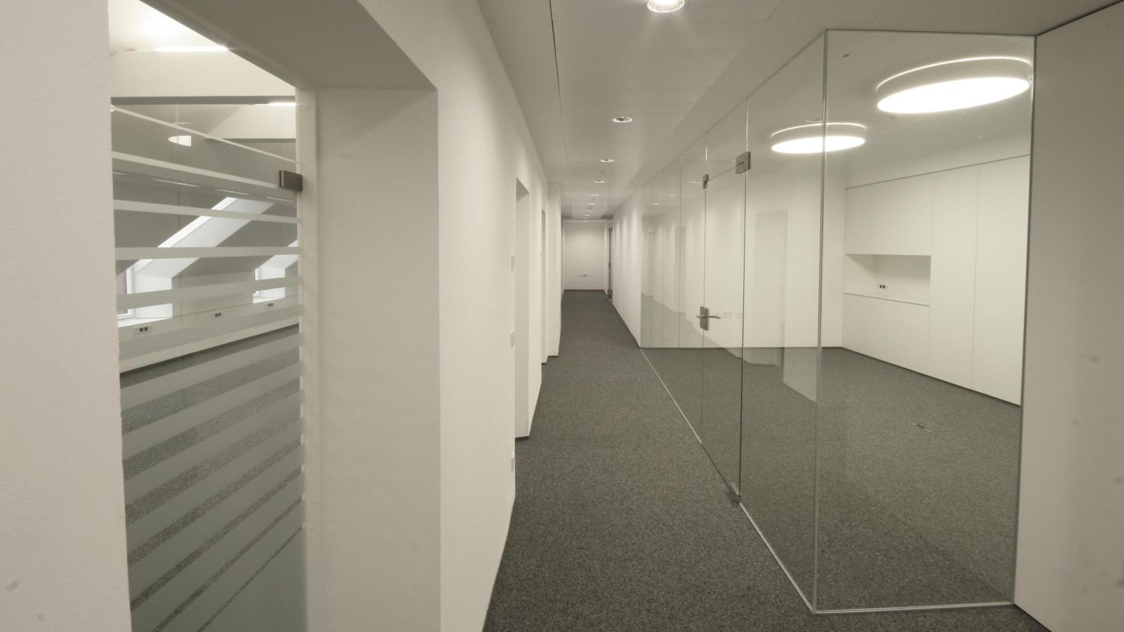 VOLKSBANK DACHBÜRO_Büro02