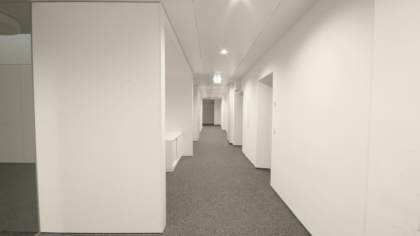 VOLKSBANK DACHBÜRO_Büro03